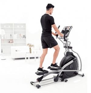 Эллиптический тренажер XE195 (2017) Spirit Fitness
