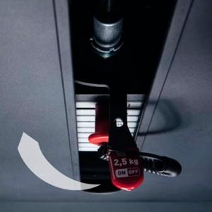 Прогрессивная система позволяет легко увеличивать нагрузку с шагом в 2,5 кг, эксклюзивный патент Panatta