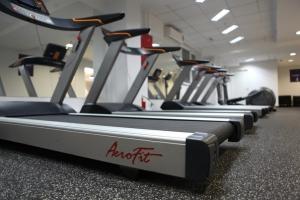 Профессиональная беговая дорожка Aerofit